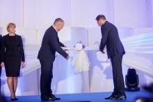 Magyarország legmodernebb papírgyárát nyitotta meg a Vajda-Papír
